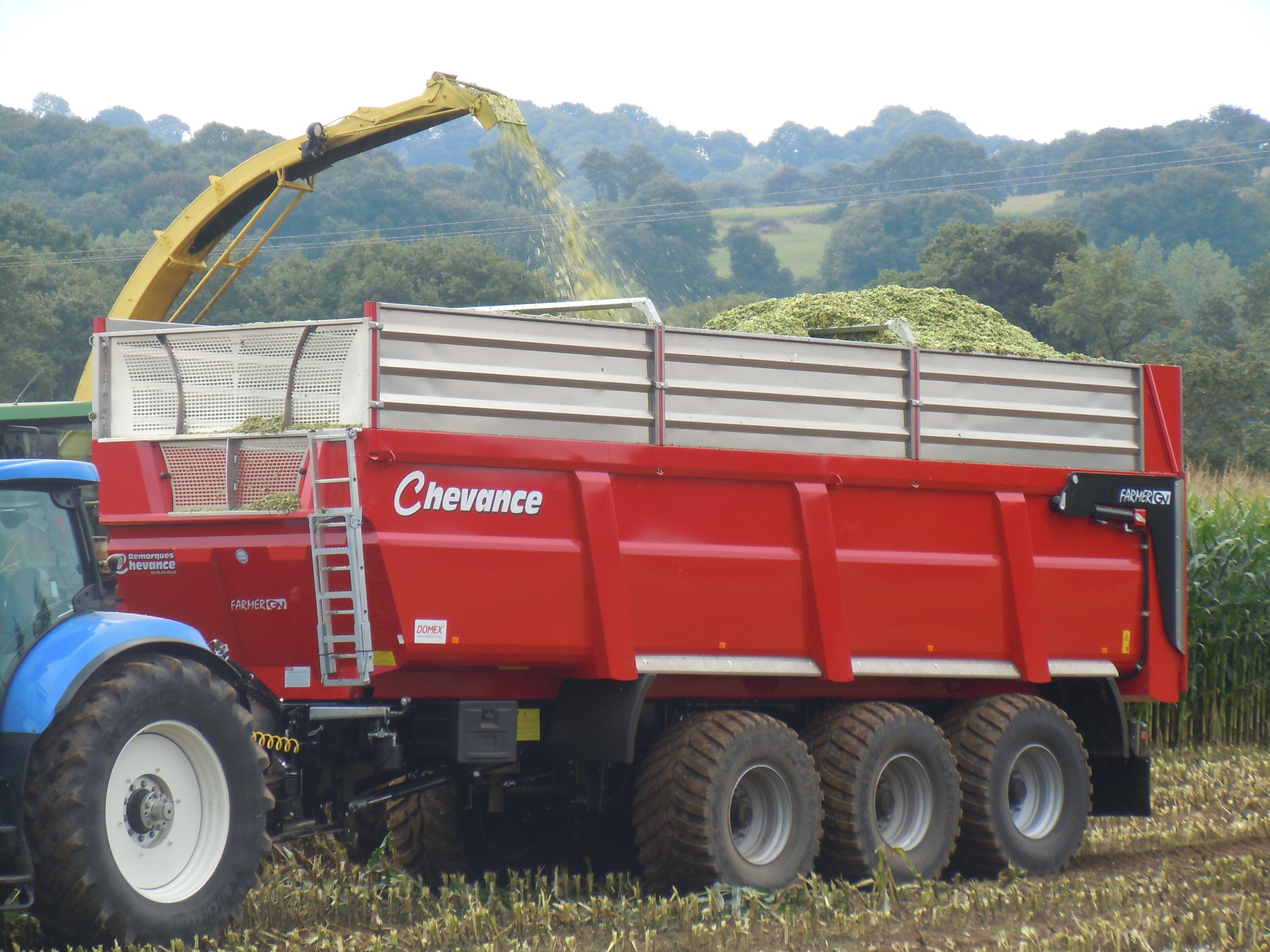 RCM 230 FARMER GV 900
